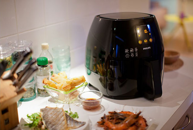 Philips Avance Airfryer XL black