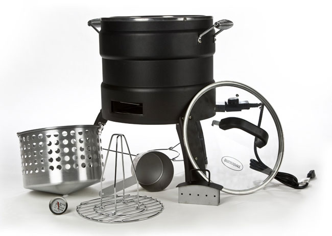 The oil-free fryer includes a fryer basket, turkey stand, glass lid, lifting hook, chip box, etc